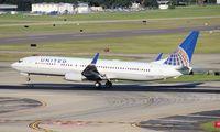 N32404 @ TPA - United 737-900