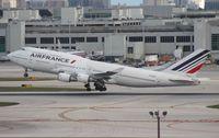 F-GITF @ MIA - Air France 747-400