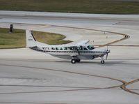 N77X @ FLL - Cessna 208B