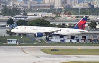 N370NW @ FLL - Delta A320