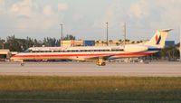 N680AE @ MIA - American Eagle E145LR