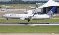 N30401 @ TPA - United 737-900