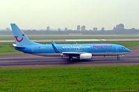 D-ATUI @ EDDL - Boeing 737-86Q [30287](Hapag-Lloyd) Dusseldorf~D 10/09/2005 - by Ray Barber