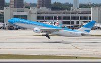 LV-FNI @ MIA - Aerolineas Argentinas A330-200