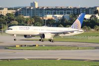 N537UA @ TPA - United