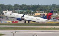 N804DN @ DTW - Delta 737-900