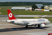 TC-JPC @ EDDH - Airbus A320-232 [2928] (THY Turkish Airlines) Hamburg-Fuhlsbuettel~D 16/08/2013 - by Ray Barber