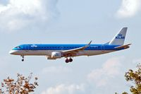 PH-EZM @ EDDF - Embraer Emb-190-100LR [19000338] ( KLM cityhopper) Frankfurt~D 19/08/2013