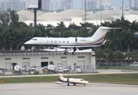 N922CB @ FLL - Gulfstream 450