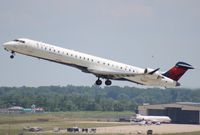 N922XJ @ DTW - Delta Connection CRJ-900