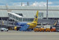 D-AHFY @ EDDM - Boeing 737-8K5 [30417] (TUIfly.com) Munich-Franz Josef Strauss~D 19/07/2009 - by Ray Barber