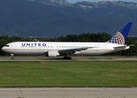 N649UA @ LSGG - Ready for take off rwy 23 - by Shunn311