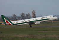EI-RNE @ LIRF - Take off