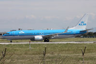 PH-BCB @ LIRF - Taxiing