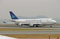 PK-GSI @ VHHH - Boeing 747-441 [24956] (Garuda Indonesia) Hong Kong Int~B 31/10/2005