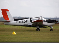F-BSDF @ LFBN - On take off with glider sessions... new c/s - by Shunn311