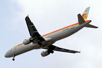 EC-IXD @ EGLL - Airbus A321-211 [2220] (Iberia) Home~G 23/05/2013. On approach 27R.