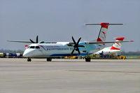 OE-LGI @ LOWW - De Havilland Canada DHC-8Q-402 Dash 8 [4100] (Austrian Arrows) Vienna-Schwechat~OE 16/04/2005