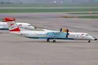 OE-LGI @ LOWW - De Havilland Canada DHC-8Q-402 Dash 8 [4100] (Austrian Arrows) Vienna-Schwechat~OE 17/04/2005