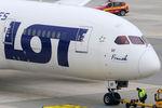 SP-LRF @ VIE - LOT - Polish Airlines