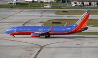 N8328A @ FLL - Southwest 737-800