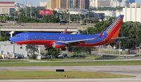 N8634A @ FLL - Southwest 737-800