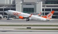 PR-GUG @ MIA - GOL 737-800