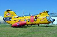 11315 @ CYTR - Boeing-Vertol CH-113A Labrador [4009] (Royal Canadian Air Force)Trenton~C 20/06/2005 - by Ray Barber