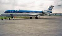 PH-KLI @ EHAM - Fokker F-100 [11273] (KLM cityhopper) Amsterdam-Schiphol~PH 30/08/1996