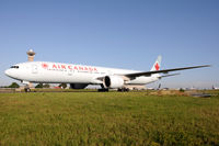 C-FIUL @ LFPG - Air Canada - by Martin Nimmervoll
