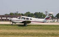 N82954 @ KOSH - Piper PA-28RT-201
