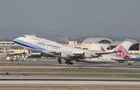 B-18215 @ KLAX - Boeing 747-400