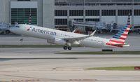 N118NN @ MIA - American A321
