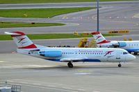 OE-LFG @ LOWW - Fokker F-70 [11549] (Austrian Arrows) Vienna-Schwechat~OE 12/09/2007