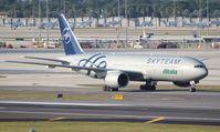 EI-DDH @ MIA - Alitalia Sky Team 777-200