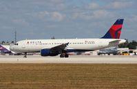 N337NW @ MIA - Delta A320