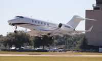 N430WC @ ORL - Challenger 300