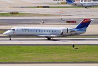 N933EV @ KATL - Canadair CRJ-200ER [8022] (Delta Connection) Atlanta-Hartsfield~N 11/04/2010