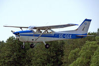 SE-GGX @ ESKB - R/Cessna F.172M Skyhawk [1326] Stockholm-Barkarby~SE 07/06/2008