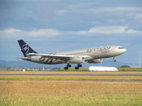 B-5908 @ NZAA - touchdown at AKL - daily afternoon flight from china. - by magnaman