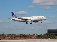 N473UA @ MIA - United A320