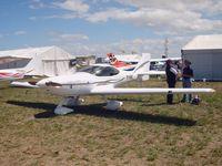 19-5562 @ YMAV - Arion Lightning 33F1 19-5562 at Avalon 2015