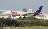 N685FE @ FLL - Fed Ex A300
