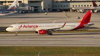 N692AV @ MIA - Avianca A321