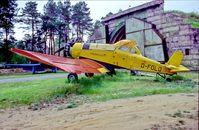 D-FOLO @ EDAV - Finow Air Museum Germany 2.5.04 - by leo larsen