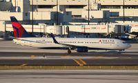 N824DN @ MIA - Delta 737-900