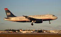 N825AW @ MIA - US Airways A319