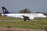 EI-DSW @ LIRF - Taxiing