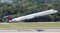 N906DA @ TPA - Delta MD-90
