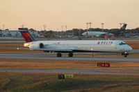 N910DN @ PNS - Delta MD-90